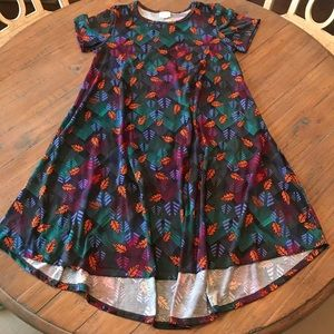 LuLaRoe S Carly dress- black with squares & leaves